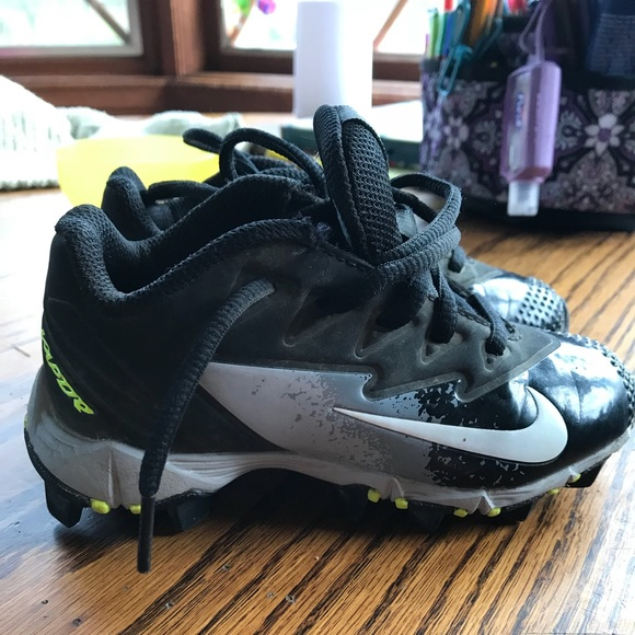 Nike Other - Nike Toddler 10 baseball softball tball cleats ee4ccdffe54